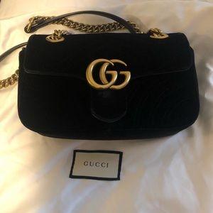 Black Velvet Medium Size Gucci Marmont